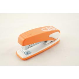 Zszywacz na 25 kartek SAX Design 239 pomarańczowy